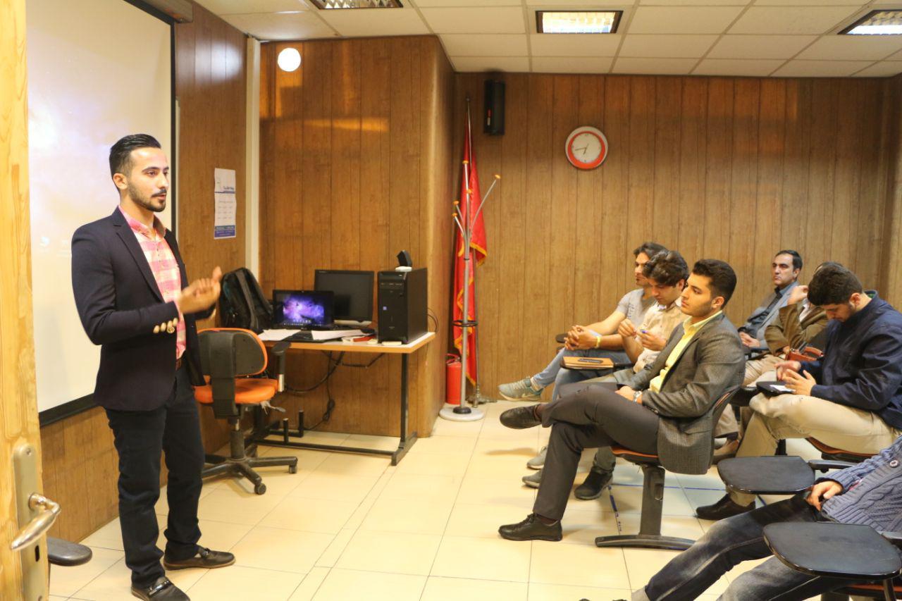 Pooria Haddad پوریا حداد همفکر Hamfekr سخنرانی با هدف شروع کار بدون سرمایه